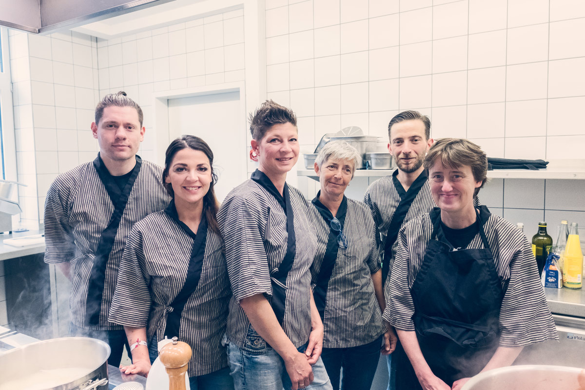 Kochen Fur Huckelriede Luka Lubke Und Marie Weser Charakter Stuck Bremen